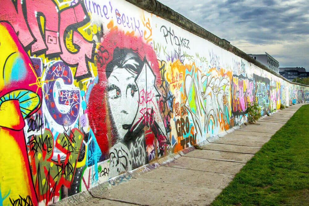 Berliner Mauer - The Berlin Wall