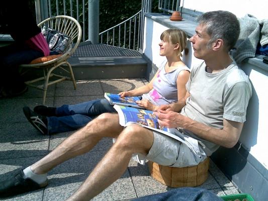Anne and Hokan enjoying the sunshine